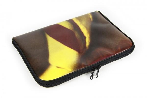 pro:wrapper - iPad Upcycled